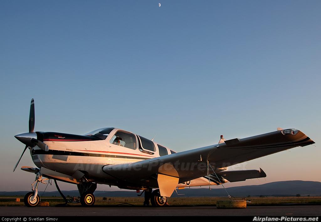 Beechcraft N395EU aircraft at Lesnovo