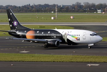 G-ZAPZ - Titan Airways Boeing 737-300QC