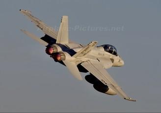 166629 - USA - Navy McDonnell Douglas F/A-18F Super Hornet