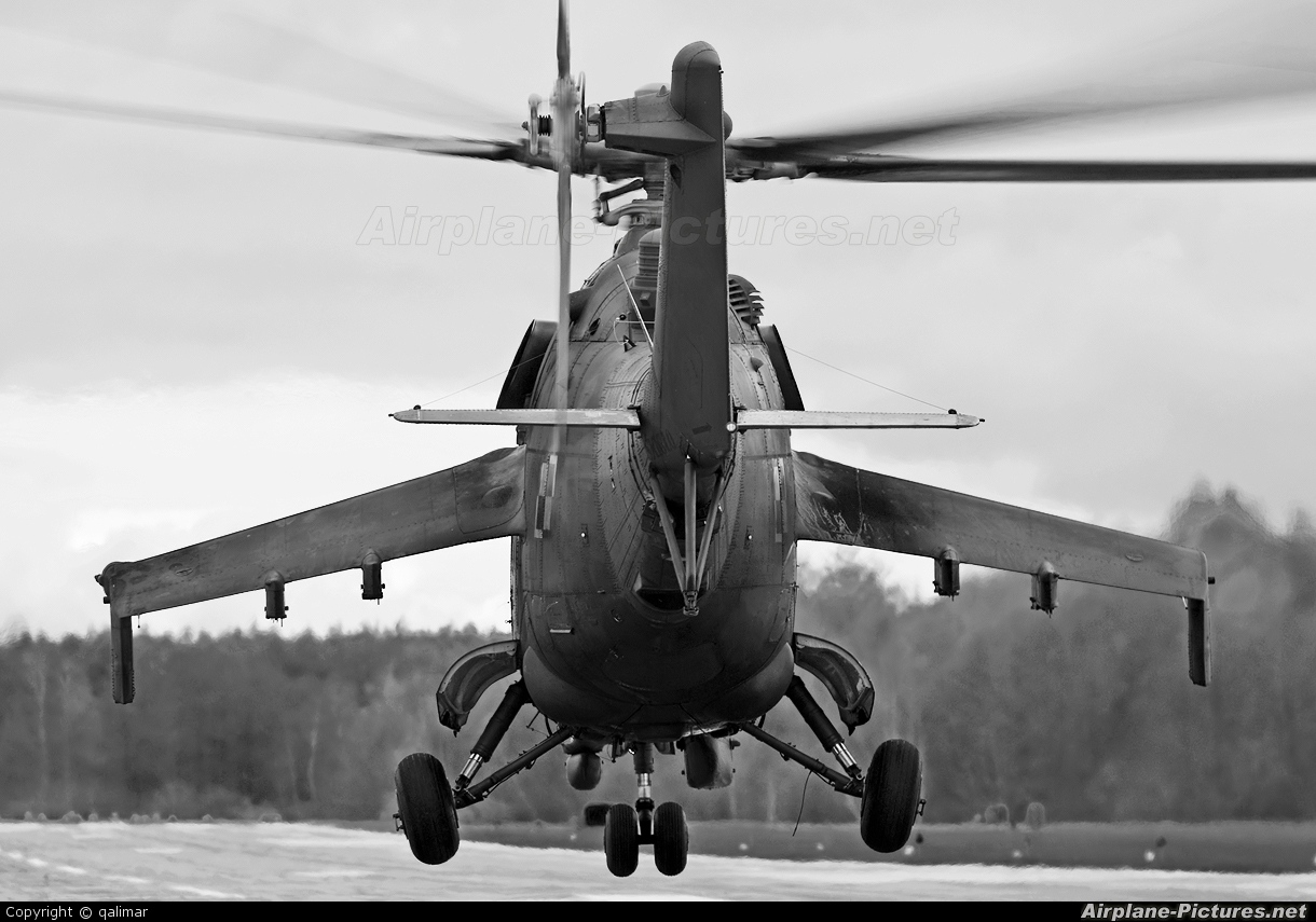 Poland - Army 174 aircraft at Undisclosed location