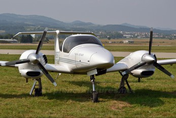 OM-GST - Private Diamond DA 42 Twin Star