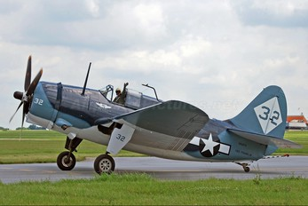 N92879 - Private Curtiss SB2C Helldiver