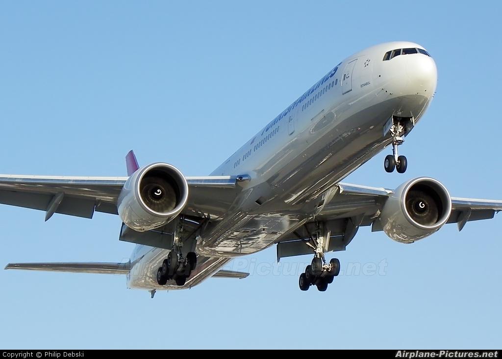 Turkish Airlines TC-JJO aircraft at Toronto - Pearson Intl, ON