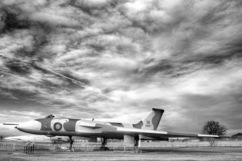 XM597 - Royal Air Force Avro 698 Vulcan B.2