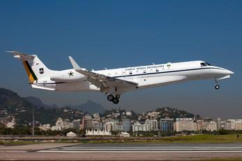 2582 - Brazil - Air Force Embraer EMB-135 VC-99