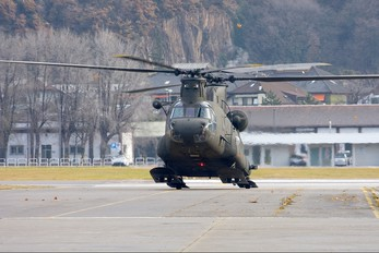 MM81386 - Italy - Army Boeing CH-47C Chinook