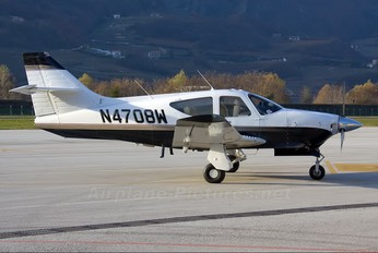 N4708W - Private Rockwell Commander 112
