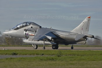 ZH657 - Royal Air Force British Aerospace Harrier T.12