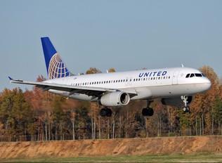N467UA - United Airlines Airbus A320