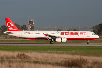 TC-ETH - Atlasjet Airbus A321