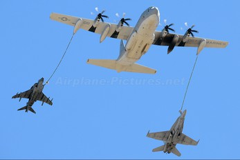 166067 - USA - Marine Corps Lockheed KC-130J Hercules
