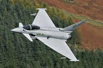 ZJ928 - Royal Air Force Eurofighter Typhoon FGR.4