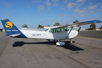 VH-CEY - Sharp Airlines Cessna 172 Skyhawk (all models except RG)