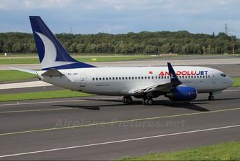 TC-JKP - AnadoluJet Boeing 737-700