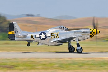 N451TB - Private North American P-51D Mustang