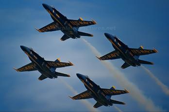 163435 - USA - Navy : Blue Angels McDonnell Douglas F/A-18C Hornet