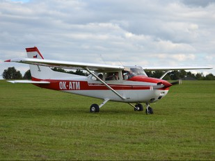 OK-ATM - Private Cessna 172 Skyhawk (all models except RG)