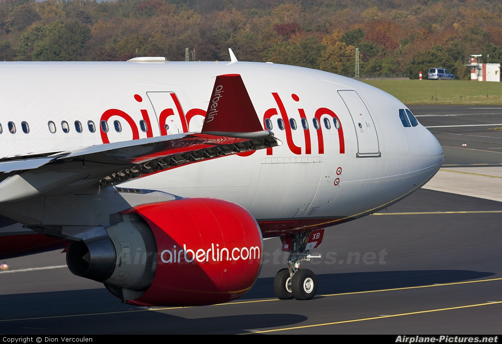 Air Berlin D-ABXB aircraft at Düsseldorf