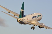 C-GUWS - WestJet Airlines Boeing 737-700 aircraft