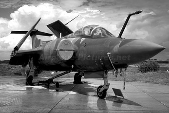 XN974 - Royal Air Force Blackburn Buccaneer S.2B