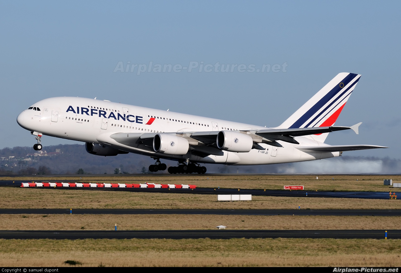 Air France F-HPJD aircraft at Paris - Charles de Gaulle