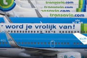 PH-BGL - KLM Boeing 737-700 aircraft