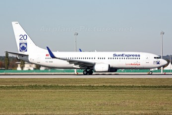 TC-SNM - SunExpress Boeing 737-800