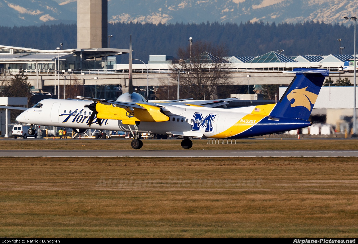 Horizon Air N403QX aircraft at Vancouver Intl, BC