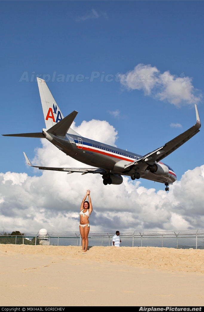 American Airlines N960AN aircraft at Sint Maarten - Princess Juliana Intl