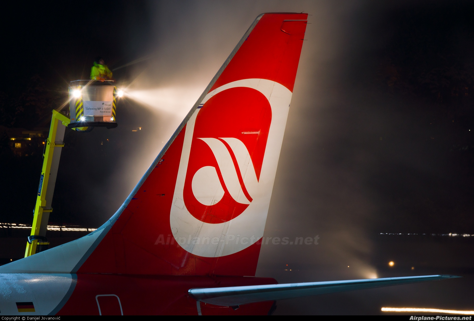 Air Berlin D-ABBW aircraft at Innsbruck