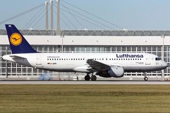 D-AIPK - Lufthansa Airbus A320