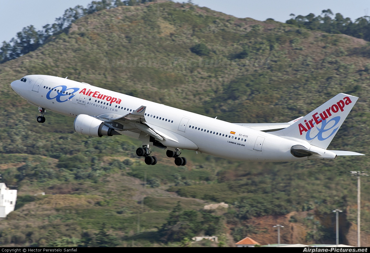 Air Europa EC-KTG aircraft at Tenerife Norte - Los Rodeos