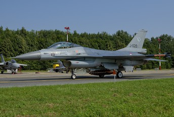 J-020 - Netherlands - Air Force General Dynamics F-16A Fighting Falcon