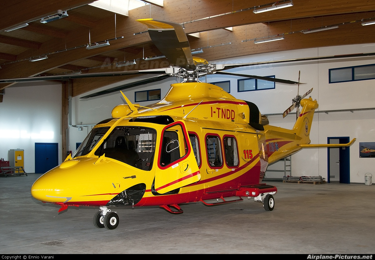 Elicottero 139 : I tndd italy vigili del fuoco agusta westland aw139 at trento