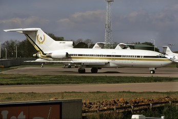 5B-DBE - Private Boeing 727-30
