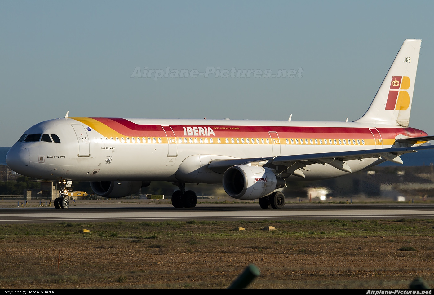 Iberia EC-JGS aircraft at Alicante - El Altet