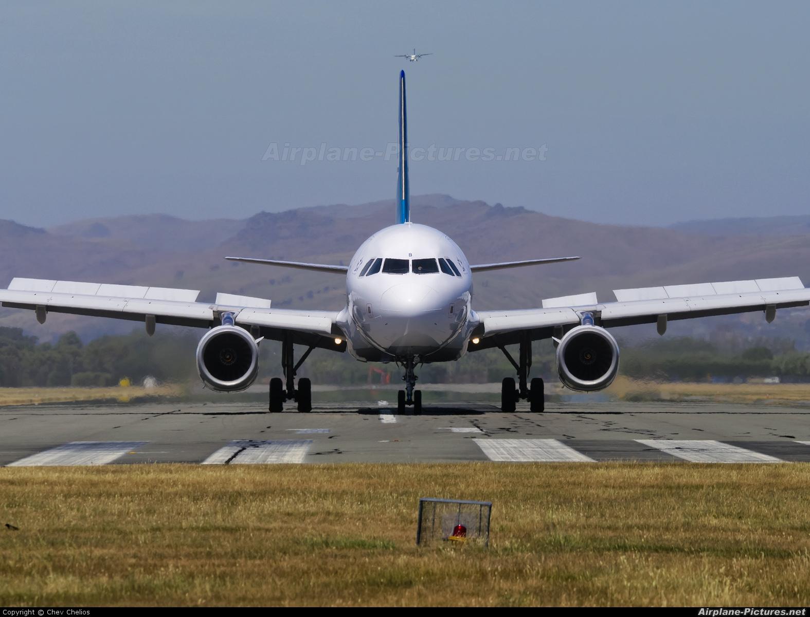 Air New Zealand ZK-OJB aircraft at Christchurch Intl