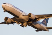 N226UA - United Airlines Boeing 777-200ER aircraft
