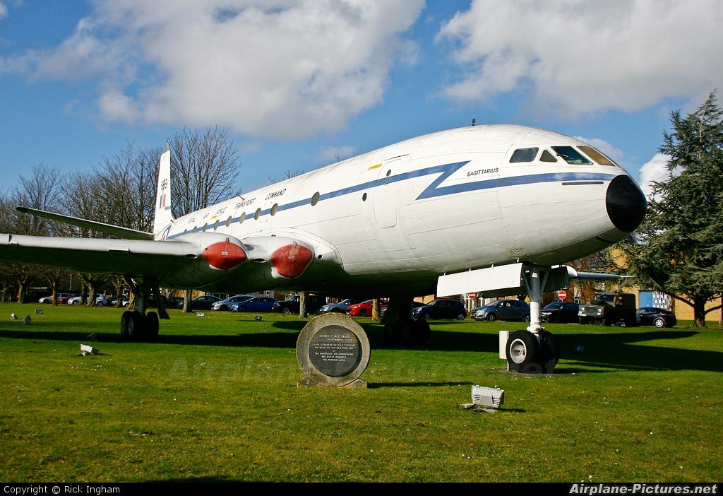 Royal Air Force XK699 aircraft at Lyneham