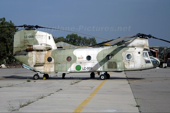 LC008 - Libya - Air Force Boeing CH-47A Chinook