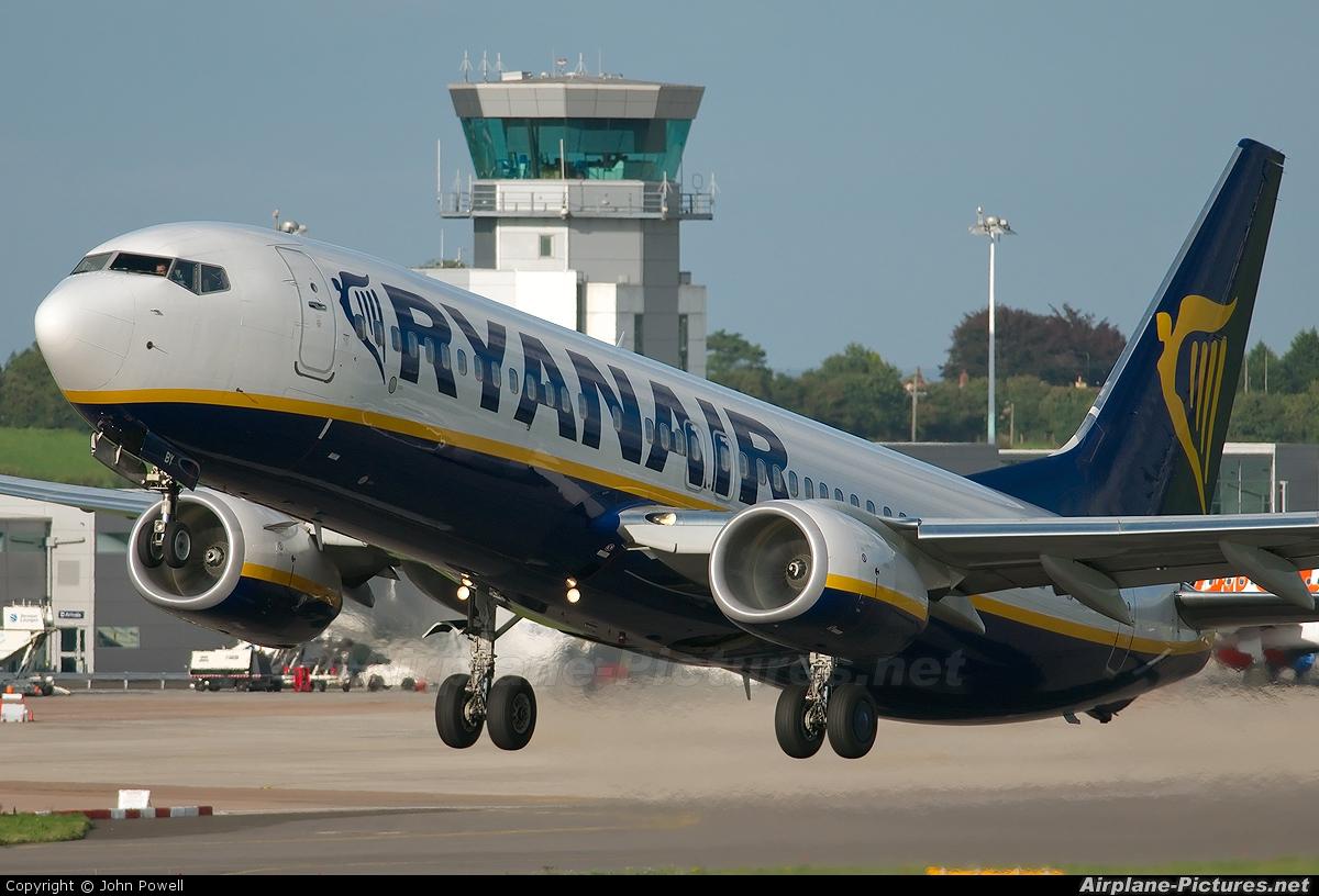Ryanair EI-EBY aircraft at Bristol - Lulsgate