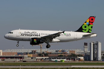 5A-ONI - Afriqiyah Airways Airbus A319