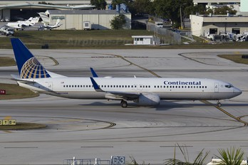 N37408 - Continental Airlines Boeing 737-900