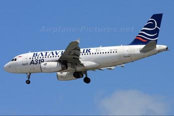 PK-YVA - Batavia Air Airbus A319