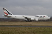 Air France Cargo another aircraft in the new colour scheme title=