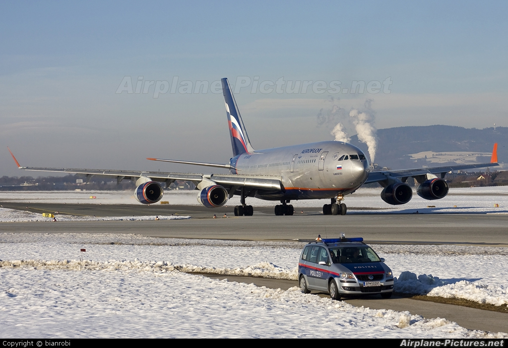 Aeroflot RA-96008 aircraft at Salzburg