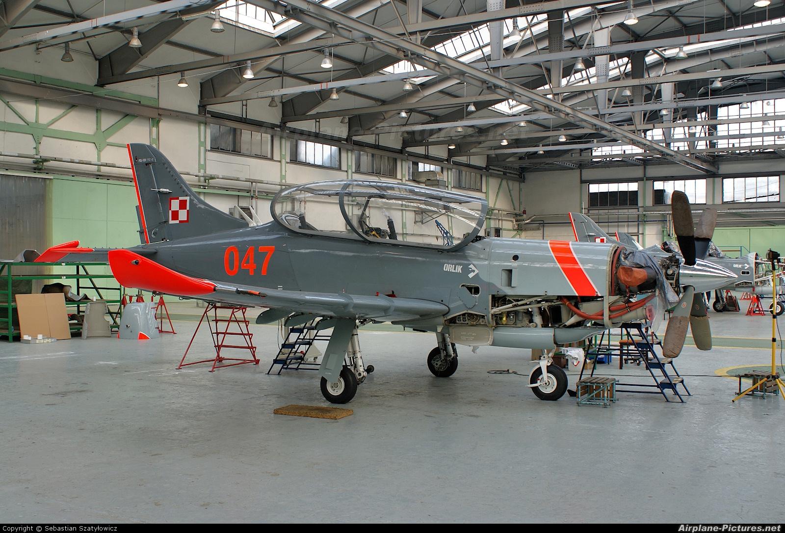Poland - Air Force 047 aircraft at Warsaw - Frederic Chopin