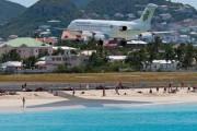 PJ-DAB - Dutch Antilles Express Fokker 100 aircraft
