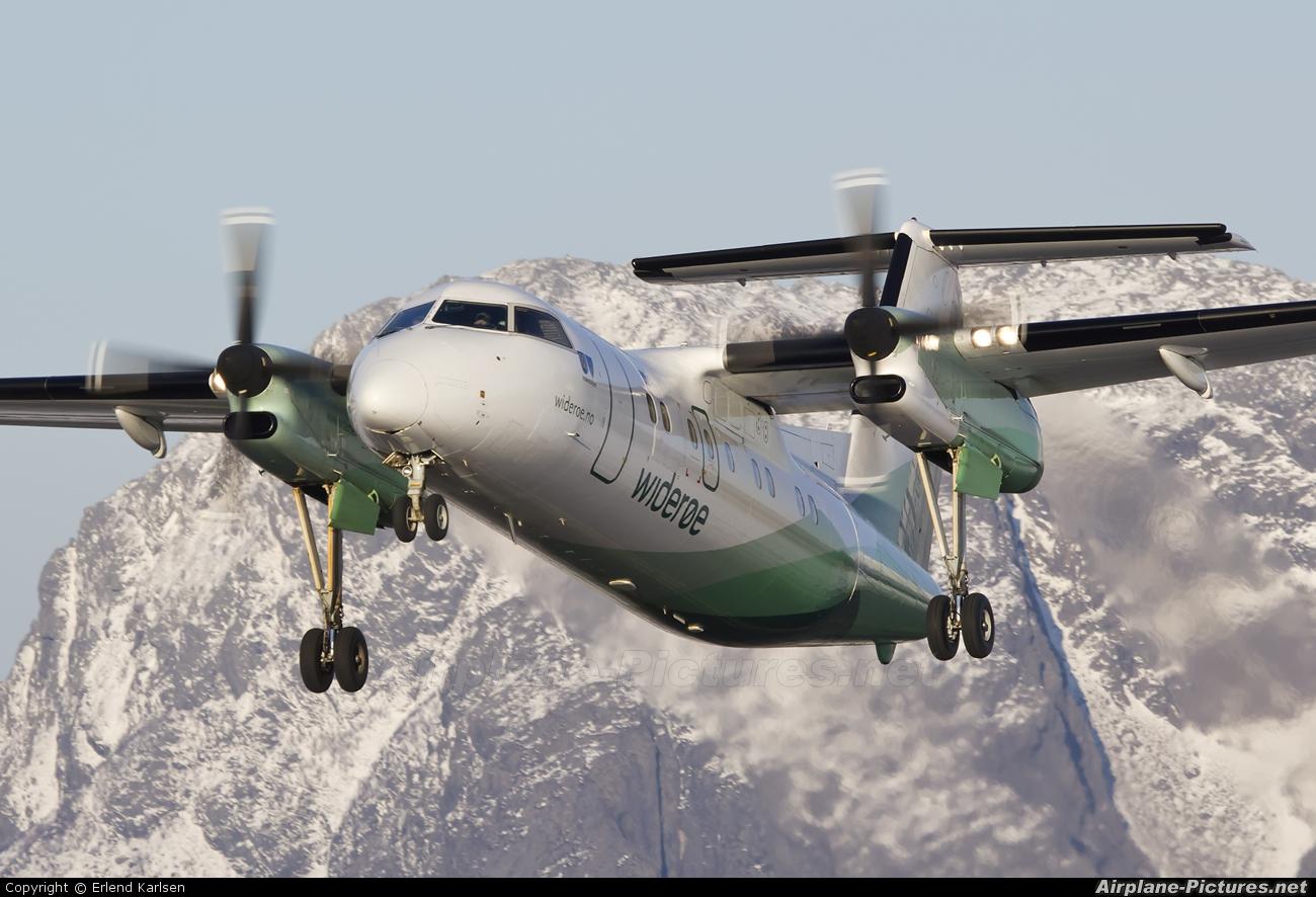 Widerøe LN-WIM aircraft at Brønnøysund