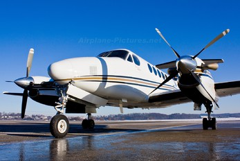 LZ-BIZ - Private Beechcraft 200 King Air